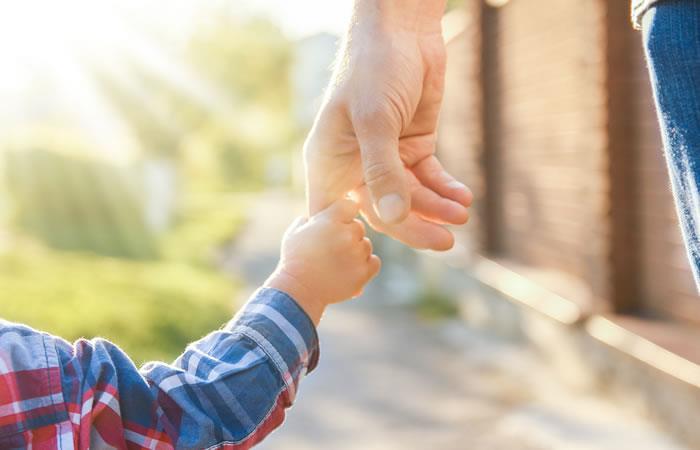 Desfile en pasarela de menores para ser adoptados