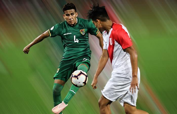 Entrenamiento de Bolivia frente a la selección Perú. Foto: EFE.