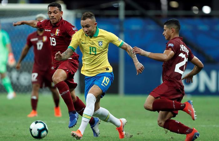 Copa América: Brasil complica su paso a cuartos ante Venezuela