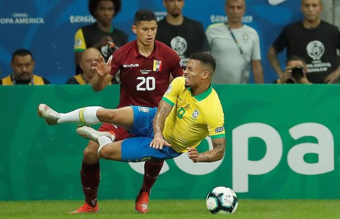 Venezuela le amarga la clasificación a los octavos de final a Brasil. Foto: EFE.