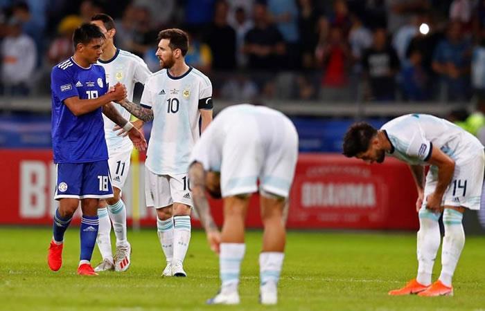Selección Argentina en el partido ante Paraguay. Foto: EFE.