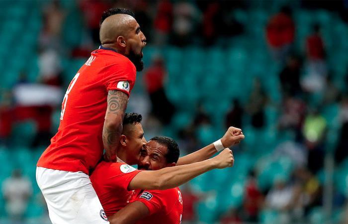 Celebración segundo gol de Chile. Foto: EFE