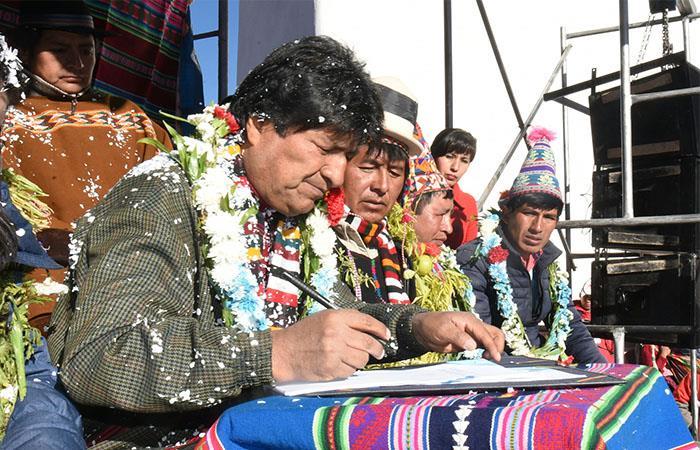 Evo Morales proclamó a San Pedro de Macha como el municipio número 41 de Potosí. Foto: ABI