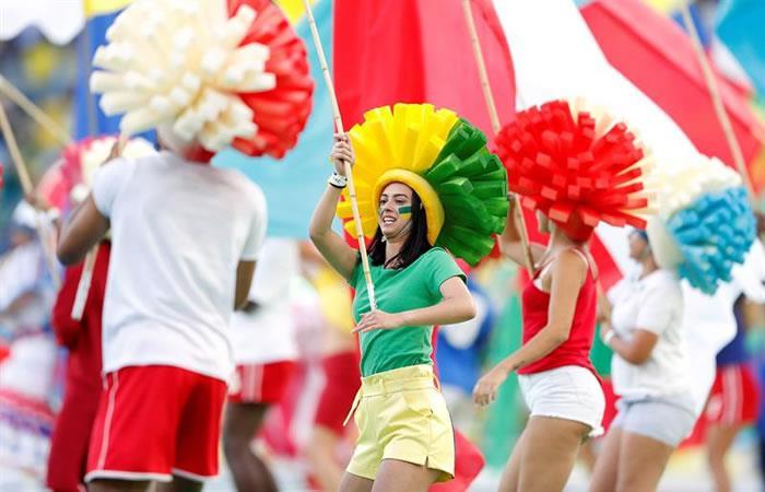 Ponen al revés la bandera de Bolivia en la clausura de la Copa América