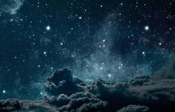 Las misteriosas estrellas tienen aparentemente una estructura artificial en su interior. Foto: Shutterstock