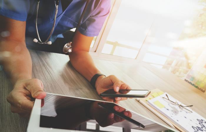 Muchos profesionales de la salud se vieron beneficiados. Foto: ShutterStock.