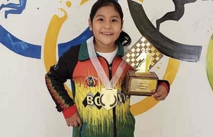 La ajedrecista, Nicole Mollo, conquistó el título del XXX Festival Panamericano de la Juventud en la categoría Sub 8 que se disputó en Ecuador. Foto: ABI.