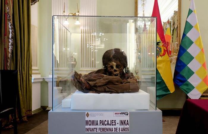 Momia de una niña de 8 años. Foto: EFE.