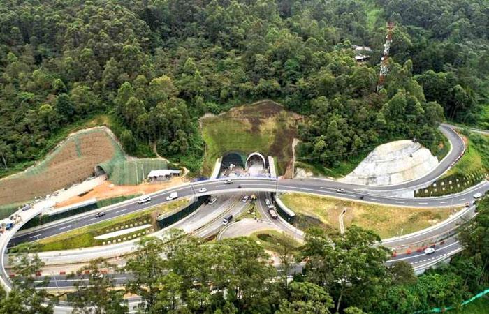 La construcción unirá a Medellín con el municipio de Rionegro. Foto: Twitter