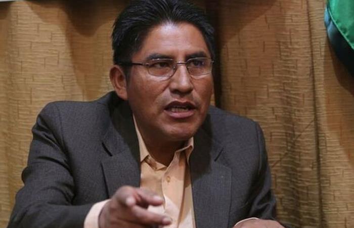 Gobernador de La Paz, Félix Patzi, uno de los implicados en tema de discriminación. Foto: EFE.