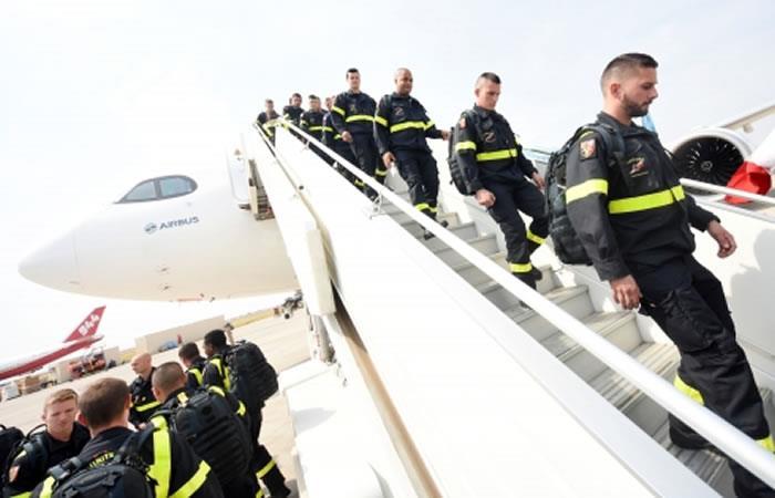 15 países han hechos llegar su cooperación a través de técnicos, bomberos, herramientas y helicópteros. Foto: ABI.