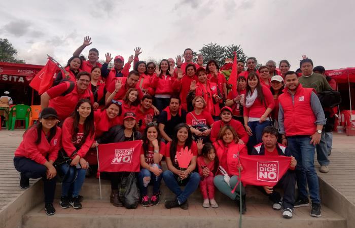 Los candidatos se han reunido con los jóvenes de Bolivia. Foto: Twitter