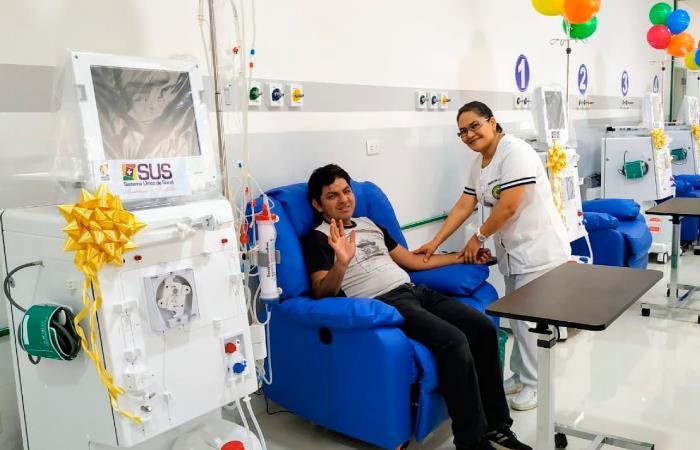 Cuatro nuevas máquinas de hemodiálisis fueron instaladas en el hospital de El Torno. Foto: Twitter @evoespueblo.