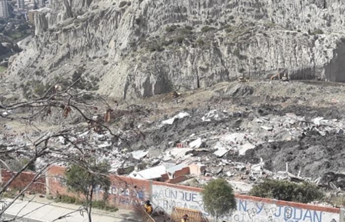 Se presentó nuevo deslizamiento de tierra en zona de La Paz. Foto: ABI.