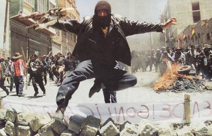 """""""Guerra del Gas"""" con la huida del entonces presidente ultraliberal Gonzalo Sánchez de Lozada. Foto: ABI"""