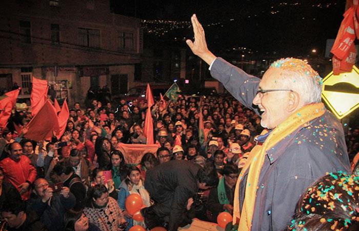 Candidato a la Presidencia de Bolivia, Carlos Mesa. Foto: Twitter oficial @carlosdmesag