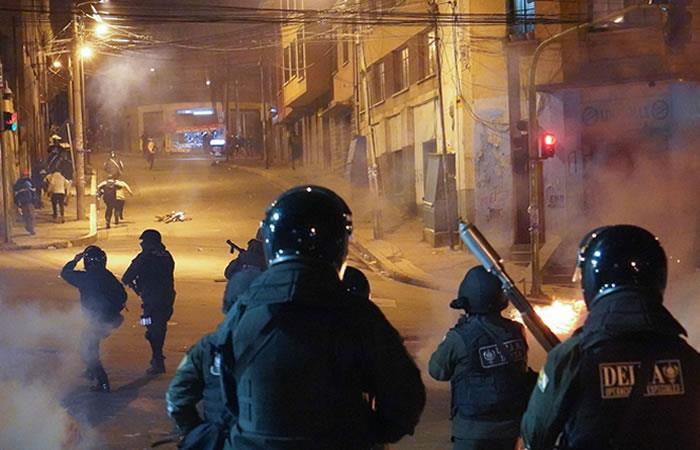 Incidentes cerca de la sede del Gobierno boliviano. Foto: EFE