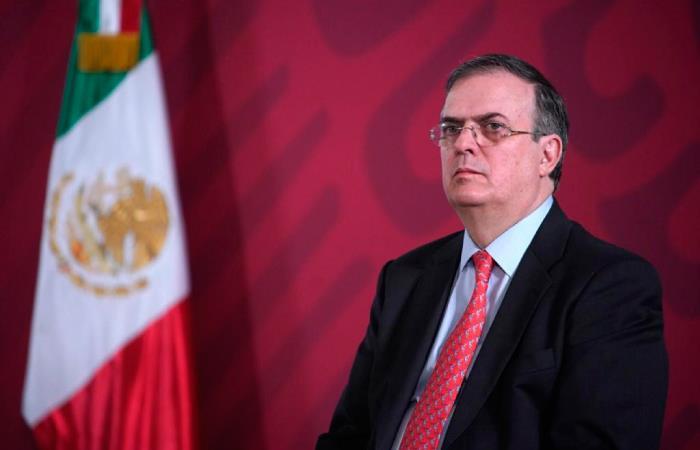 Marcelo Ebrard defendió el principio de no intervención y expresó que