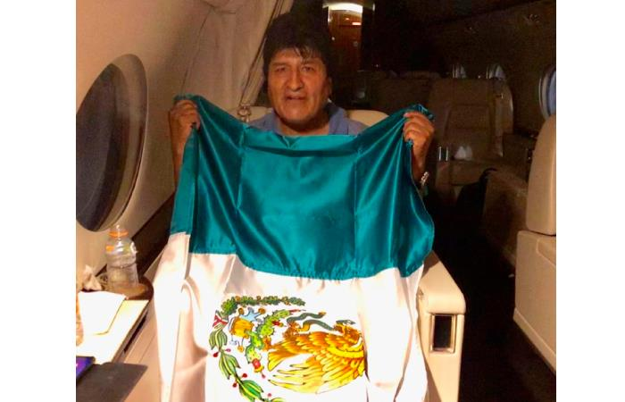 El ex mandatario boliviano aceptó el ofrecimiento de asilo del gobierno mexicano. Foto: Twitter @m_ebrard