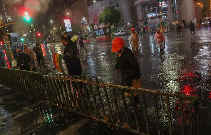 Turbas causan terror en las calles de El Alto y La Paz. Foto: EFE