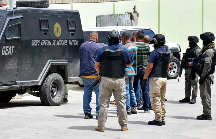 La Policía manifestó que intentaban abandonar el país. Foto: EFE