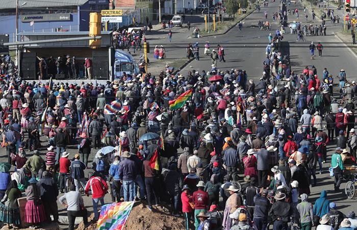 Continúa crisis en Bolivia, una semana después de la renuncia de Evo Morales. Foto: EFE