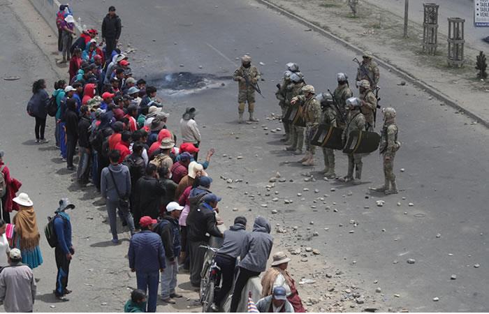 Protestas en contra del gobierno interino en Bolivia. Foto: EFE