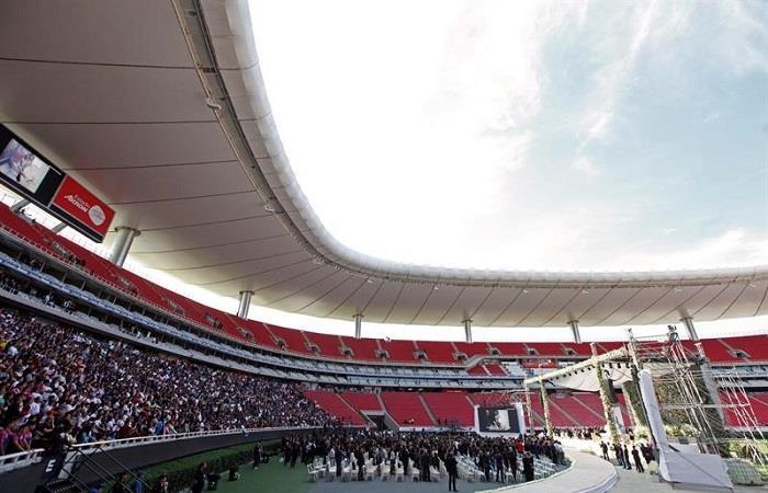 Ceremonia de despedida para Jorge Vergara. Foto: EFE.