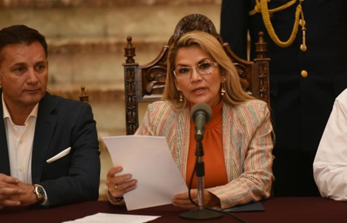 La presidenta Jeanine Áñez abrogó el jueves el Decreto Supremo 4078. Foto: ABI.