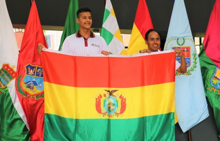 Equipo de deportistas bolivianos. Foto: Twitter @Mindeportesbo