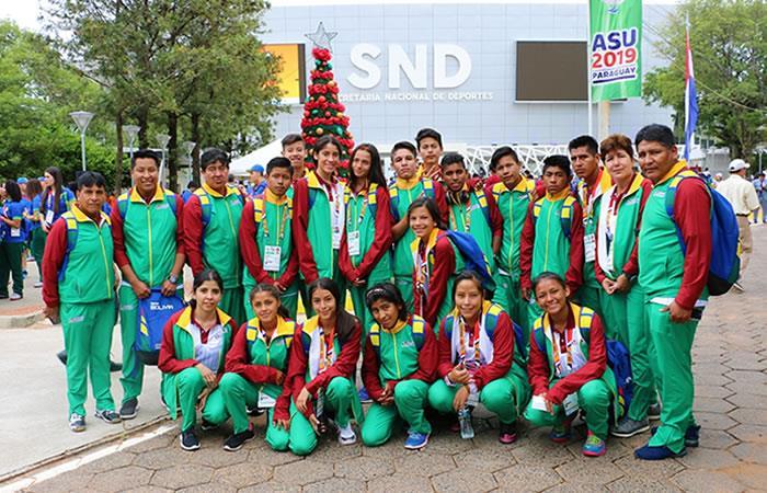 Equipo de deportistas bolivianos en los XXV Juegos Sudamericanos Escolares en Paraguay. Foto: Twitter
