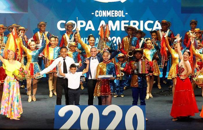 Sorteo de la Copa América 2020. Foto: EFE.