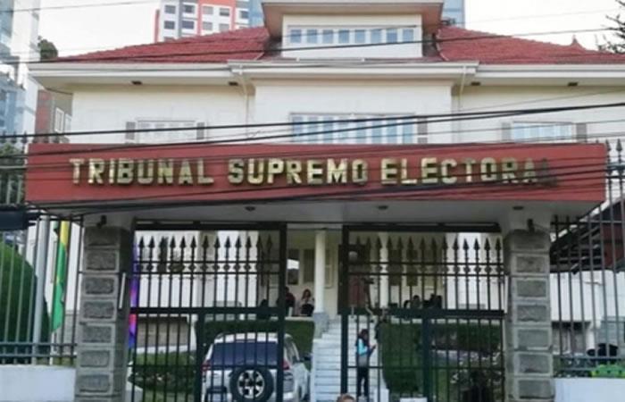 Orden de captura para fiscales vinculado n proceso de fraude electoral en Bolivia. Foto: ABI.