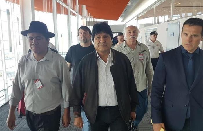 Evo Morales, a su llegada a Argentina. Foto: EFE
