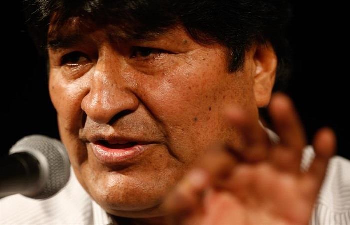 Evo Morales en Argentina confirmó en entrevista su apoyo a la formación de grupos armados. Foto: EFE