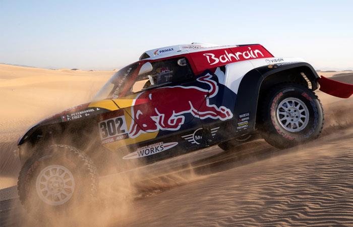 Peterhansel logró imponerse en la novena etapa del Rally Dakar. Foto: EFE