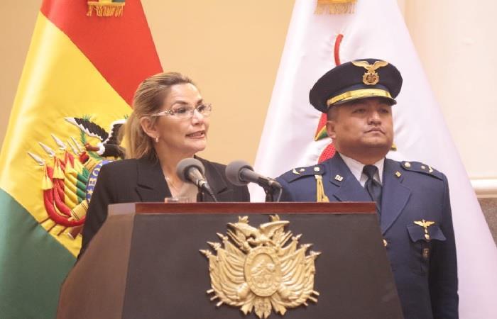 Presidenta interina de Bolivia Jeanine Áñez durante un discurso. Foto: ABI