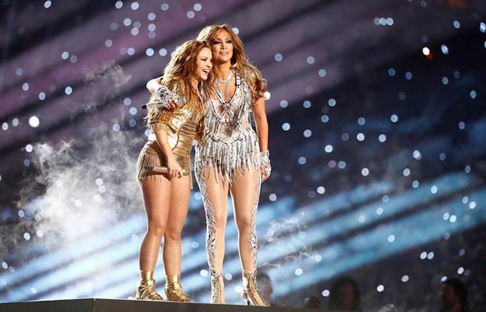 Polémica por la presentación de Shakira y JLo. Foto: EFE.