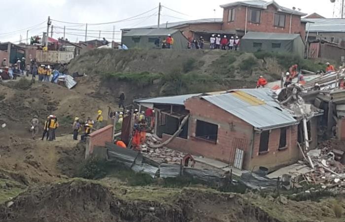 El martes iniciarón demolición en Ovejuyo. Foto: ABI