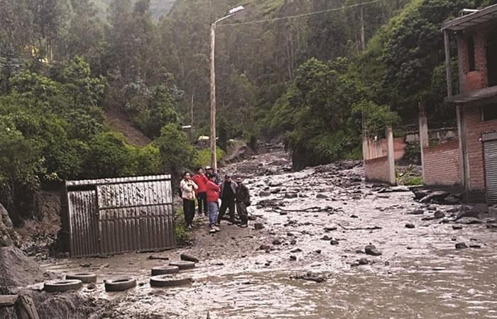 Miles de personas afectadas por las intensas lluvias. Foto: ABI