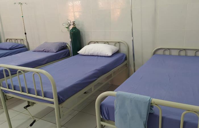 Habilitan hospital para tratar el dengue. Foto: ABI