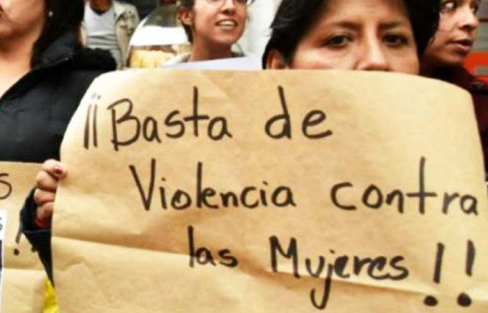 Pese a la ley 348, la violencia contra la mujer sigue en aumento. Foto: Twitter