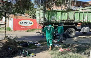 Dengue: Instituciones de Tarija realizaron campaña de recojo de chatarras en barrio Villa Abaroa