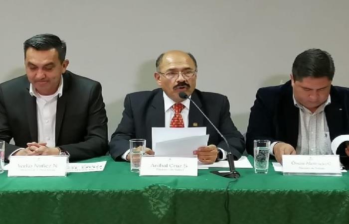 El ministro de Salud dio un informe sobre el número de contagiados en Bolivia. Foto: ABI.