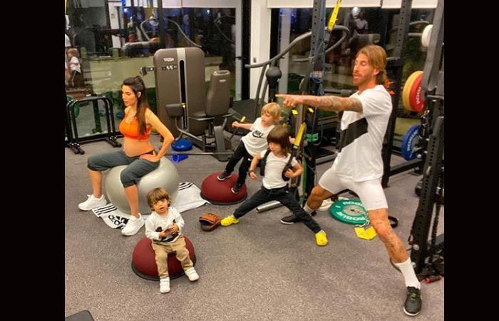 Sergio Ramos entrenando con su familia, llamando a la prevención por la cuarentena. Foto: Instagram @sergioramos