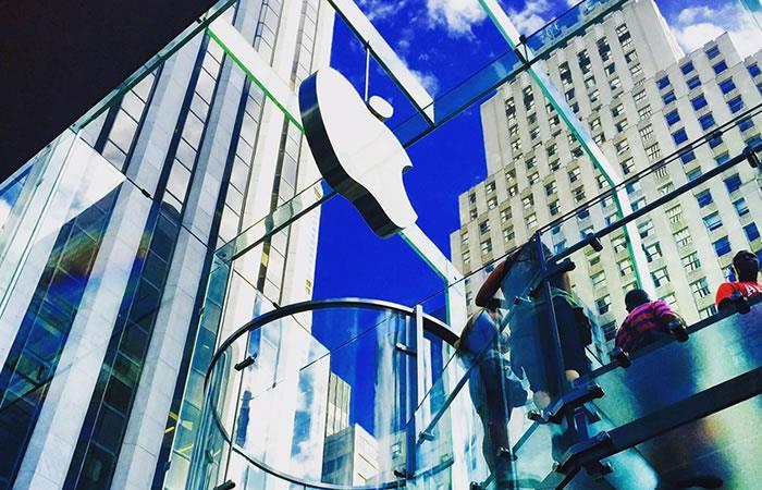 Millonaria multa para Apple. Foto: Pixabay.