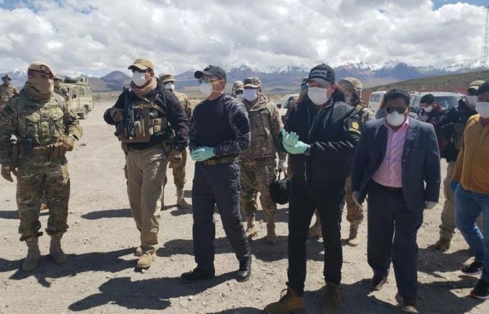 Bolivia descartó este lunes la posibilidad de abrir su frontera con Chile para repatriar a unos 150 bolivianos. Foto: EFE.