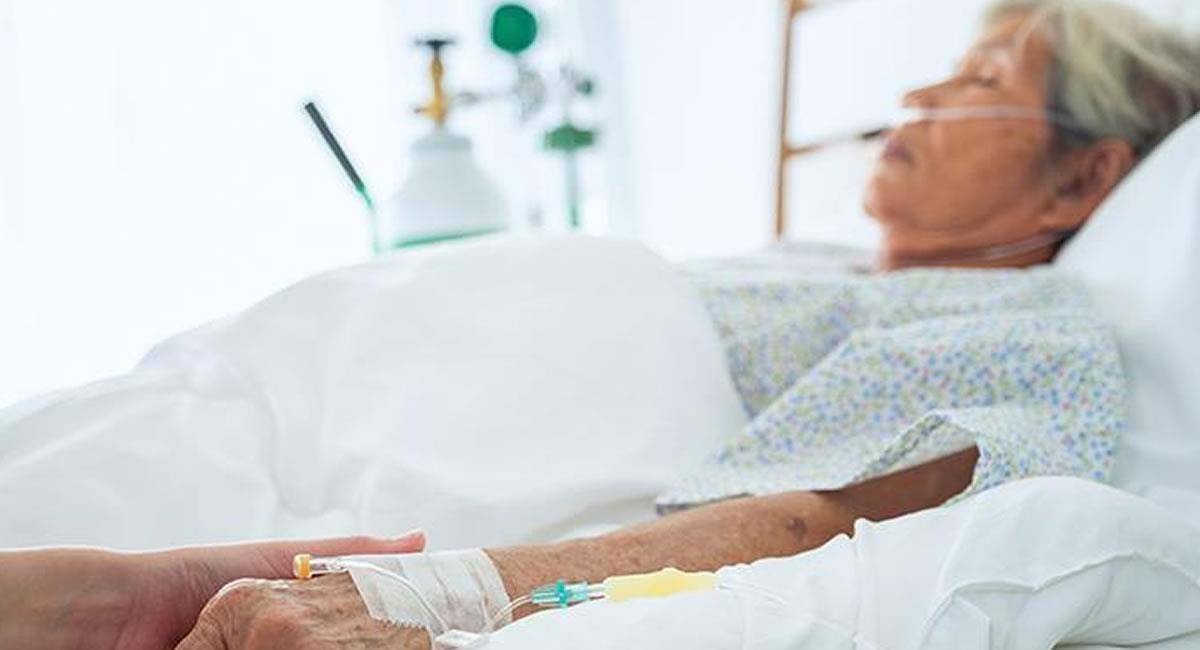 Oración de sanación a los enfermos. Foto: Shutterstock