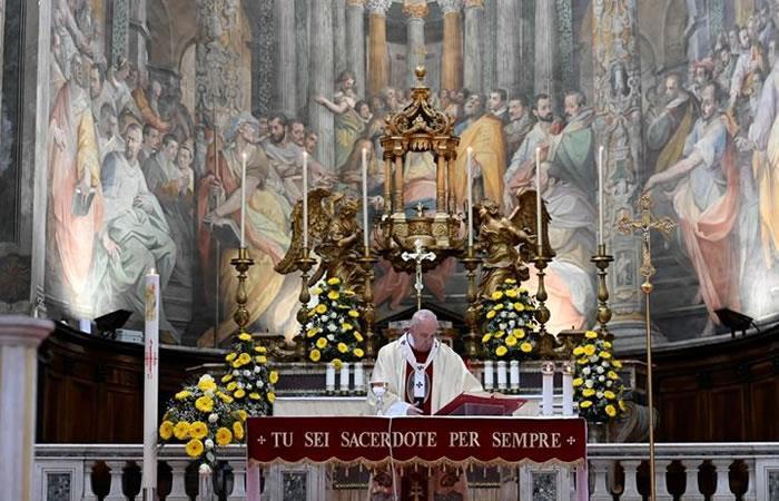 Papa Francisco, durante una ceremonia católica. Foto: EFE