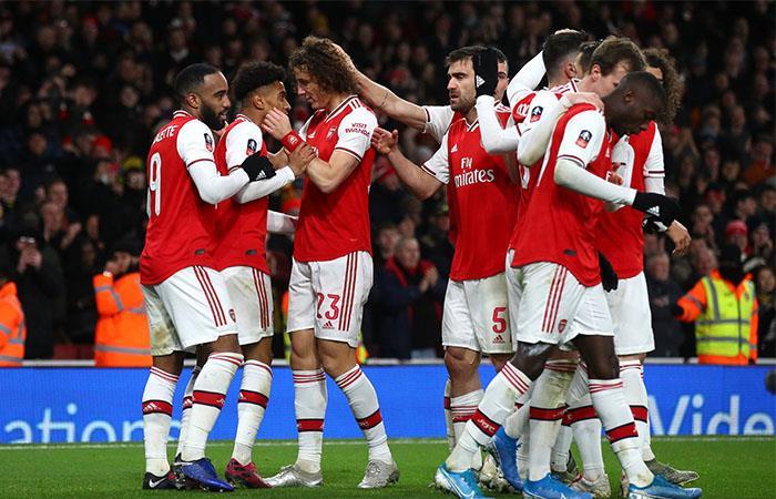 Los jugadores de la Premier League deben permanecer en sus casas. Foto: Twitter @Arsenal